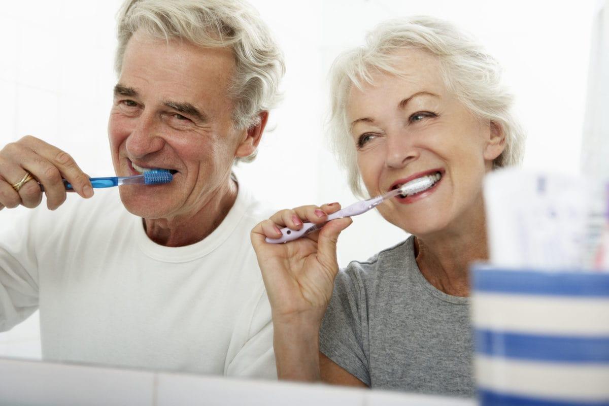 Salud oral, tratamiento en la tercera edad